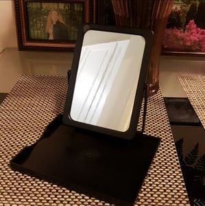 💥 NWT 💥 Folding Mirror with Tray in a Mesh Bag
